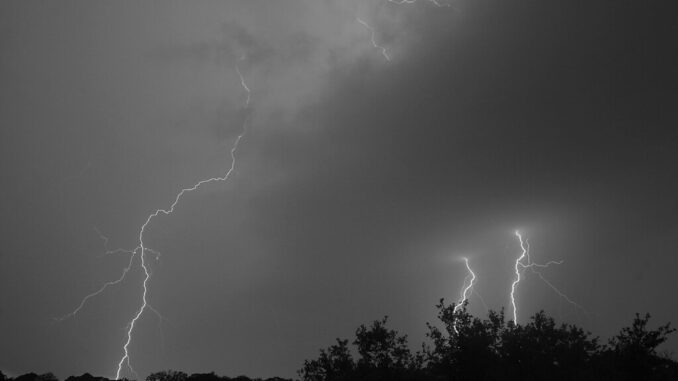 revealing-the-darkness-lightning-striking